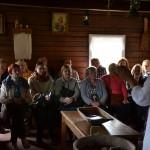 Arklio muziejaus lankytojai duonos kepimo programoje. M. Karčemarsko nuotr.