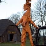 Skulptūra atkeliauja į Arklio muziejų. M. Karčemarsko nuotr.
