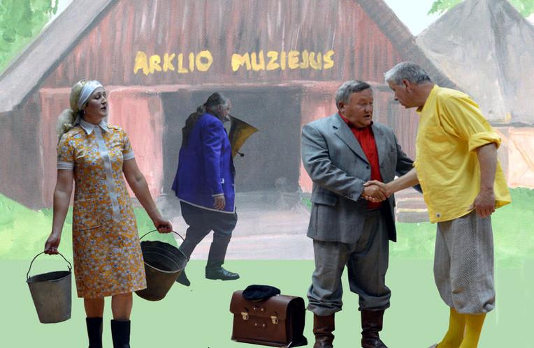 Skiemonių miestelio teatro aktoriai prie Arklio muziejaus